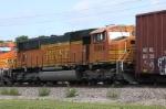 BNSF 8894